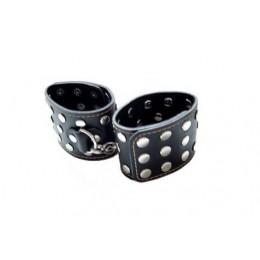 Чорні наручники з заклепками